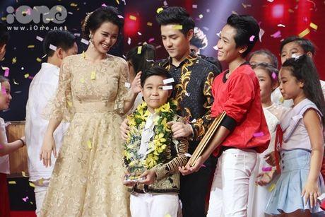Trinh Nhat Minh len ngoi quan quan Giong hat Viet Nhi 2016 - Anh 1