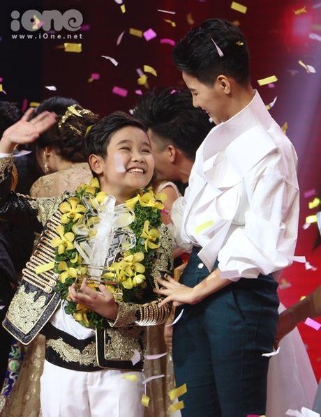 Trinh Nhat Minh len ngoi quan quan Giong hat Viet Nhi 2016 - Anh 5