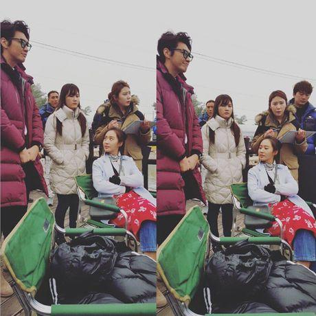 Sao Han 30/10: Tae Yeon lo noi y tao bao, Yuri mat venh mat liec day thai do - Anh 9