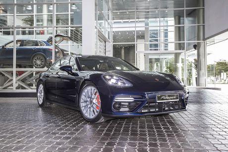 An tuong voi dan xe the thao duoc Porsche mang den VIMS 2016 - Anh 17