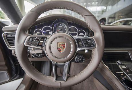 An tuong voi dan xe the thao duoc Porsche mang den VIMS 2016 - Anh 29