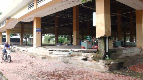 Cho My Thoi chung 'so phan' hang loat cho xay 'tram ty' bo hoang?(6) - Anh 2