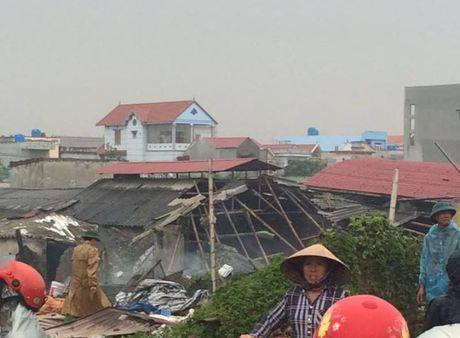 Thai Binh: No noi hoi va binh ga, 4 nguoi tu vong - Anh 1
