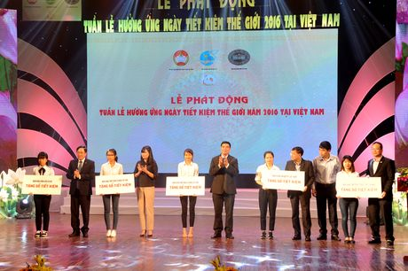 Phat dong Tuan le huong ung Ngay Tiet kiem the gioi nam 2016 - Anh 3