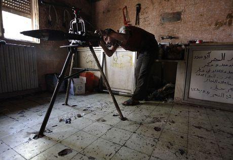 Sung sot voi vu khi tu tao cua phe doi lap trong cuoc noi chien Syria - Anh 8