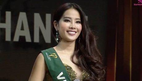 Nam Em khong trach loi nguoi phien dich do BTC Miss Earth sap xep - Anh 1