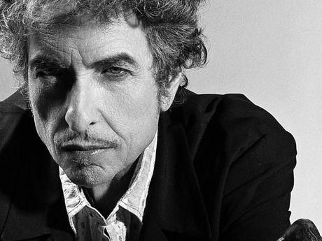 Bob Dylan chap nhan giai Nobel Van hoc - Anh 1