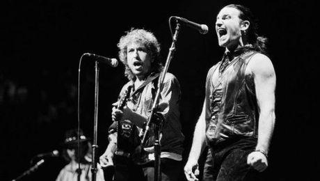 Bob Dylan chap nhan giai Nobel Van hoc - Anh 2