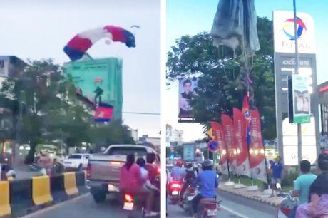 Campuchia: Bieu dien nhay du, dap trung cot den duong - Anh 2