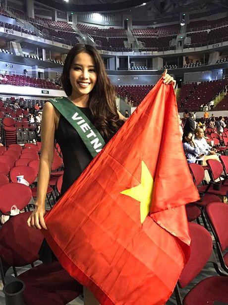 Hoa hau Trai dat 2016: Nam Em len tieng viec truot khoi Top 4 do... loi phien dich! - Anh 3
