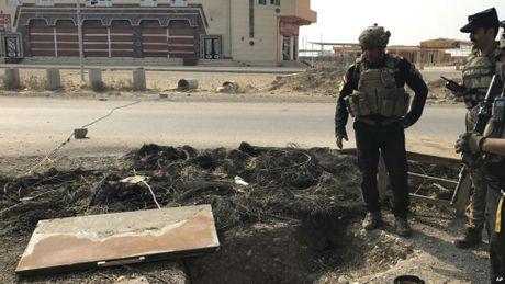 Thu linh IS se khong lieu chet bao ve Mosul trong cuoc chien bat can suc? - Anh 1