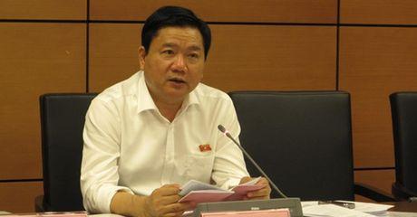 Bi thu Dinh La Thang: 'Giao thong TP.HCM qua tai ca tren troi lan duoi dat' - Anh 1