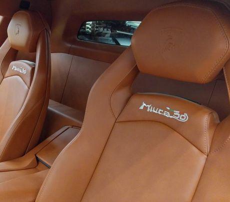 Lamborghini Aventador Miura Homage dau tien 'ha canh' o Hong Kong - Anh 3