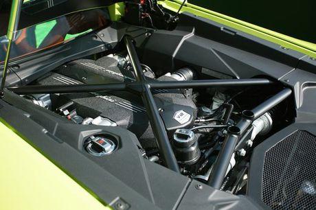 Lamborghini Aventador Miura Homage dau tien 'ha canh' o Hong Kong - Anh 4