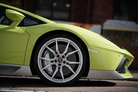 Lamborghini Aventador Miura Homage dau tien 'ha canh' o Hong Kong - Anh 8