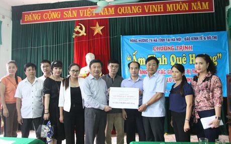 500 trieu dong ho tro dong bao Ha Tinh khac phuc hau qua mua lu - Anh 5