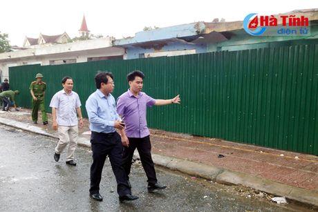 Chinh thuc dong cua cho Hong Linh o phuong Nam Hong - Anh 2