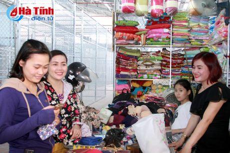 Chinh thuc dong cua cho Hong Linh o phuong Nam Hong - Anh 4