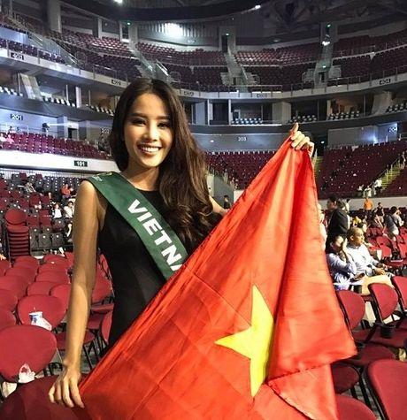 Hoa hau Trai dat 2016: Nam Em noi gi ve su co phien dich? - Anh 1