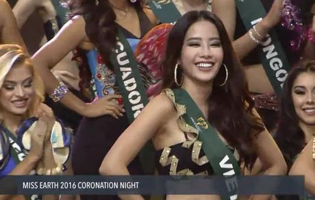 Nam Em dung buoc tai top 8 chung ket Hoa hau trai dat - Anh 4