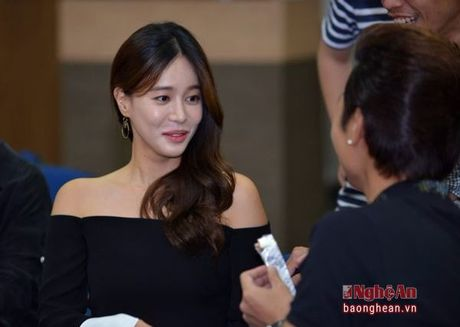 Nha Phuong va Kang Tae Oh than mat trong buoi giao luu voi sinh vien - Anh 8