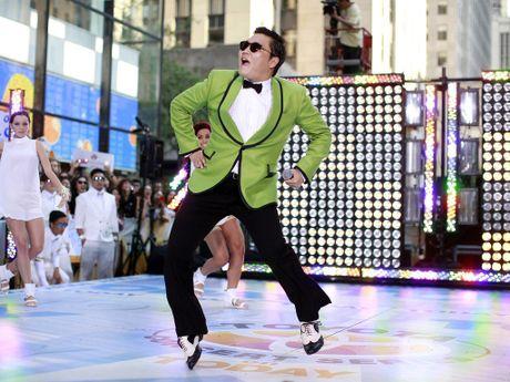 Hit 'Gentleman' cua Psy can moc 1 ti luot xem tren Youtube - Anh 2