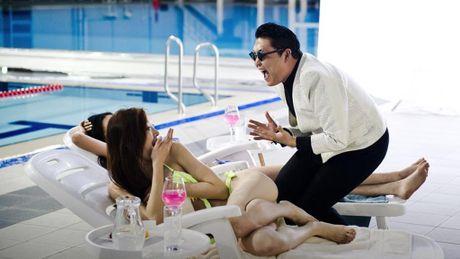 Hit 'Gentleman' cua Psy can moc 1 ti luot xem tren Youtube - Anh 3