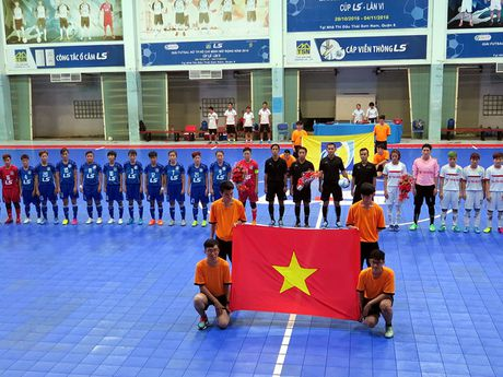 Tung bung khai mac giai Futsal nu TP.HCM mo rong - Anh 1