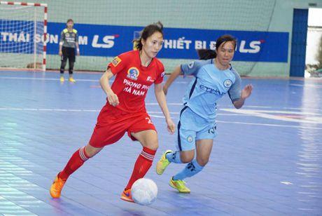 Tung bung khai mac giai Futsal nu TP.HCM mo rong - Anh 3