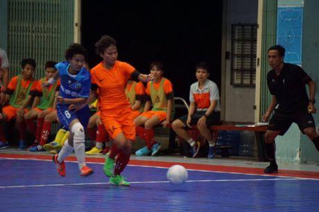 Tung bung khai mac giai Futsal nu TP.HCM mo rong - Anh 5