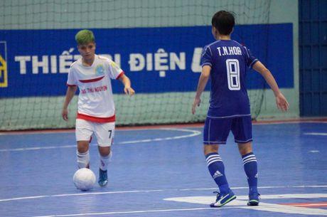 Tung bung khai mac giai Futsal nu TP.HCM mo rong - Anh 7