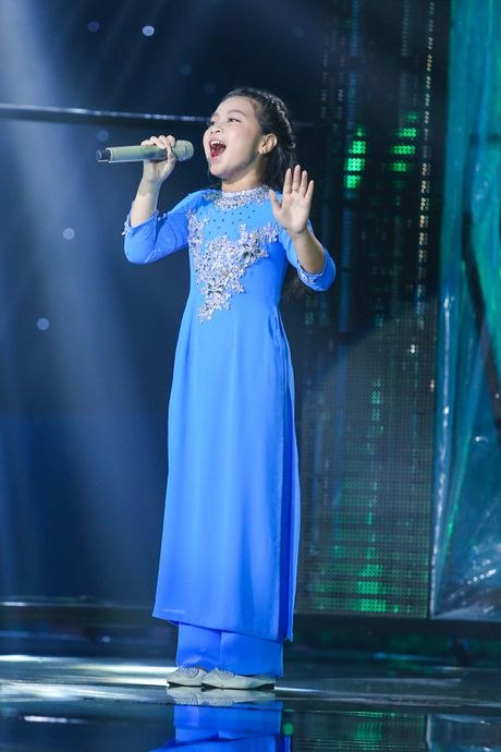 Noo Phuoc Thinh hoa hoc sinh lop 3, song ca voi tro cung - Anh 3