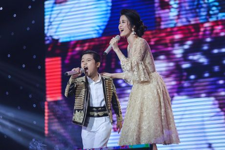 Noo Phuoc Thinh hoa hoc sinh lop 3, song ca voi tro cung - Anh 6