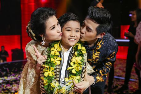 Noo Phuoc Thinh hoa hoc sinh lop 3, song ca voi tro cung - Anh 7