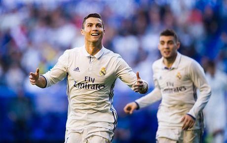 Ronaldo phat thong diep danh thep den the gioi - Anh 1