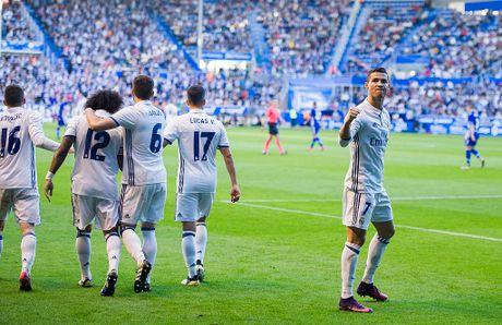 Ronaldo phat thong diep danh thep den the gioi - Anh 3
