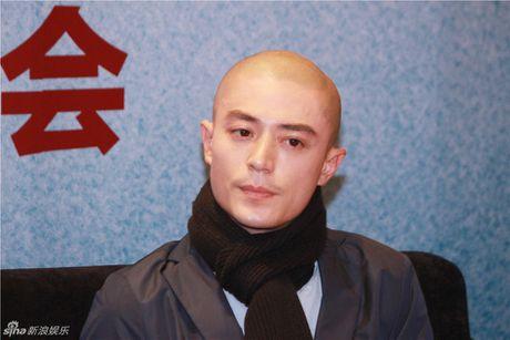 Chong Lam Tam Nhu bi chi trich vi khong bao ve vo o hop bao - Anh 1