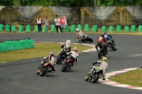 Dua xe Honda o Binh Duong - Anh 12