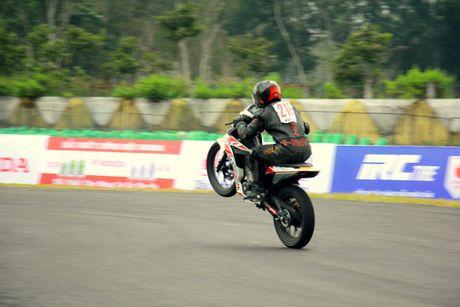 Dua xe Honda o Binh Duong - Anh 5