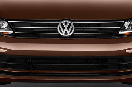 Chi tiet chiec sedan 999 trieu dong vua duoc Volkswagen ra mat o Viet Nam - Anh 11