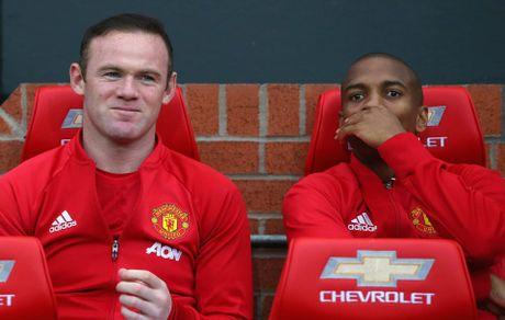 MU doi phi chuyen nhuong cao neu Rooney ra di - Anh 1