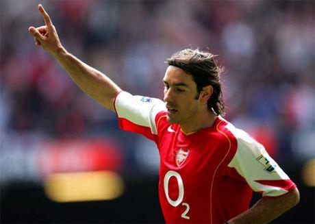 Robert Pires va hoi uc ve mot Arsenal bat bai - Anh 1