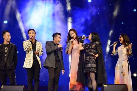 Thanh Lam - Tung Duong 'nhap dong' khi song ca nhac Thanh Tung - Anh 2