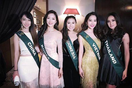 Do nhan sac Nam Em va tan Hoa hau Trai dat 2016 nguoi Ecuador - Anh 3
