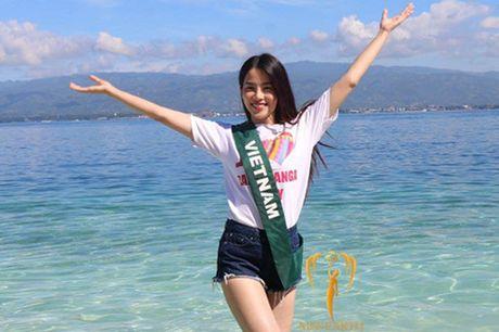 Nam Em chia se ve su co phien dich sau dem chung ket Miss Earth 2016 - Anh 3