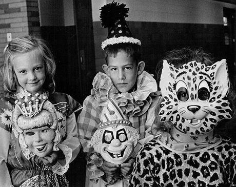 Thoi trang Halloween cho tre em o the ky 20 - Anh 8