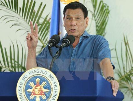 Tong thong Philippines Duterte ra lenh tha 17 ngu dan Viet Nam - Anh 1