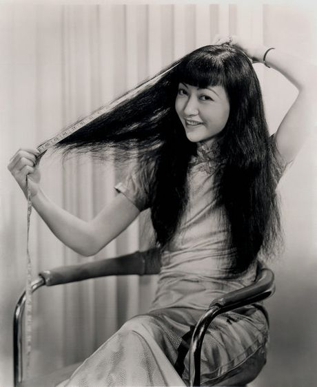 'Chien tich' lay lung cua 11 my nhan Hoa tai Hollywood - Anh 1