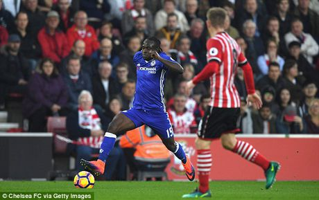 Cham diem Southampton 0-2 Chelsea: Antonio Conte sang nhat - Anh 5