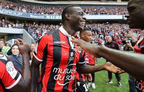 Balotelli lai sang, Nice giu chac ngoi dau Ligue 1 - Anh 10